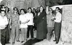 "His Holiness 16th Gyalwa Karmapa visited the Kong Chee Cave Name Temple, Ipoh (Year 1976)-Photos taken by ""unknown""?? cannot be traced. Provided by Kathy Morris ,Sept 2009)"