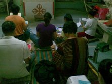 The devoted vajrayana practitioners who conducted their  2 days retreat inside the Kong Chee Name Cave Temple (炽光岩洞). Source: Photo taken by Shenpen Lamo Ng, 18 Oct 2009