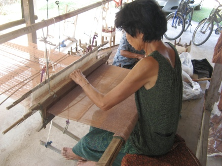 making complete natural dye cotton apparel