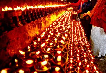 May the blessings of the Lights of butter lamps go to the Steve Shaariibuu , Altantuya Shaariibuu and family